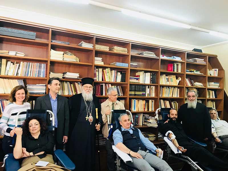 Photo of Εορτή της Σταυροπροσκύνησης και προσφορά αγάπης στην Ι.Μ. Κερκύρας