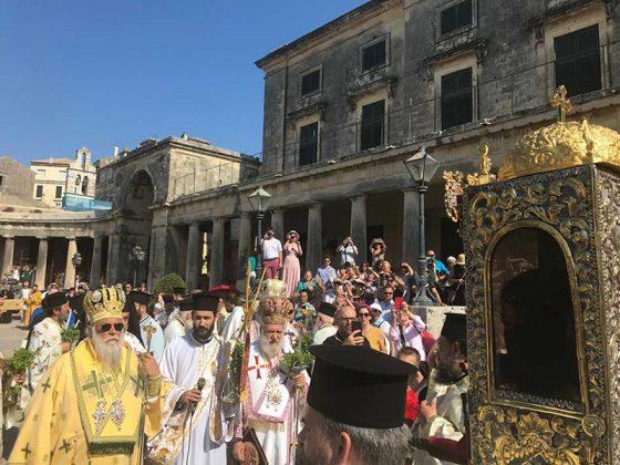 Η λιτάνευση του Ιερού Σκηνώματος του Αγίου Σπυρίδωνος της 11ης Αυγούστου37