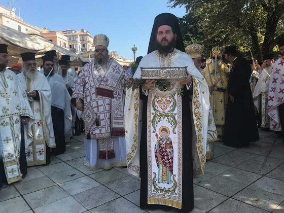 Η λιτάνευση του Ιερού Σκηνώματος του Αγίου Σπυρίδωνος της 11ης Αυγούστου40